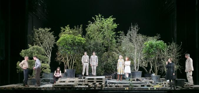 DREI SCHWESTERN/Residenztheater
